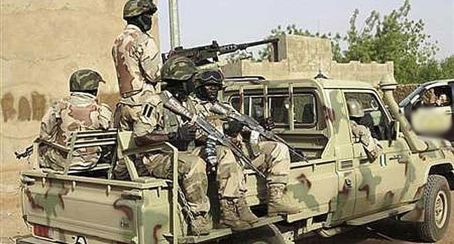 Army-Troops-Armyyyyy-Troopssssssss.jpg