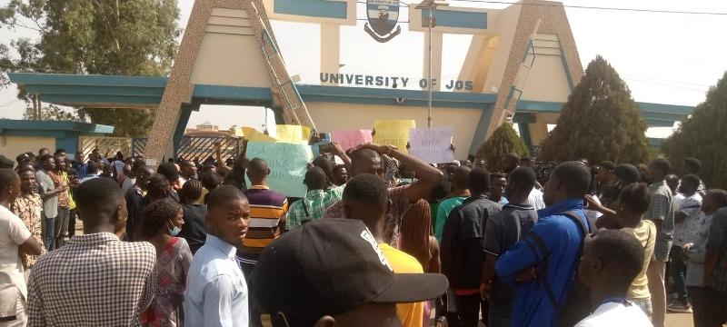 unijosstudentprotest.jpg